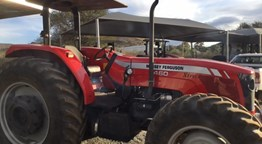 SECOND HAND MASSEY 460 EXTRA