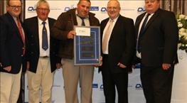 MOHAIR FARMER HITS NEW WORLD RECORD