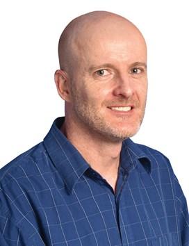 Mnr Clive Neuwerth